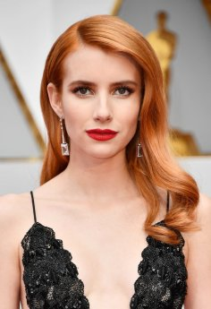 emma-roberts-peach-red-hair-oscars-red-carpet-2017